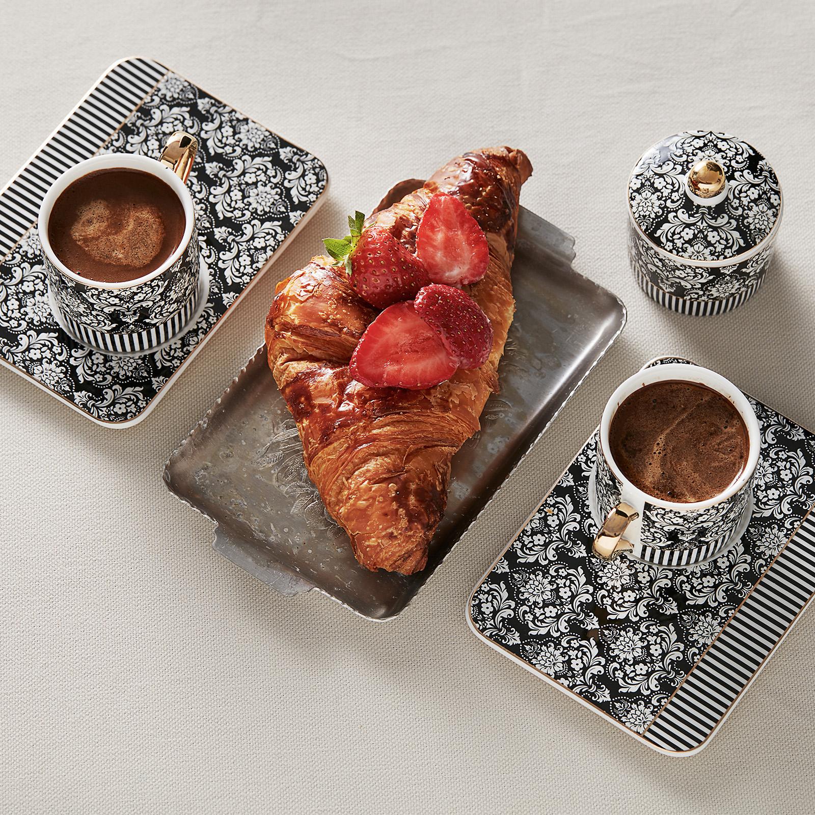 Karaca Queen Siyah 2 Kişilik Lokumluklu Kahve Fincanı Takımı