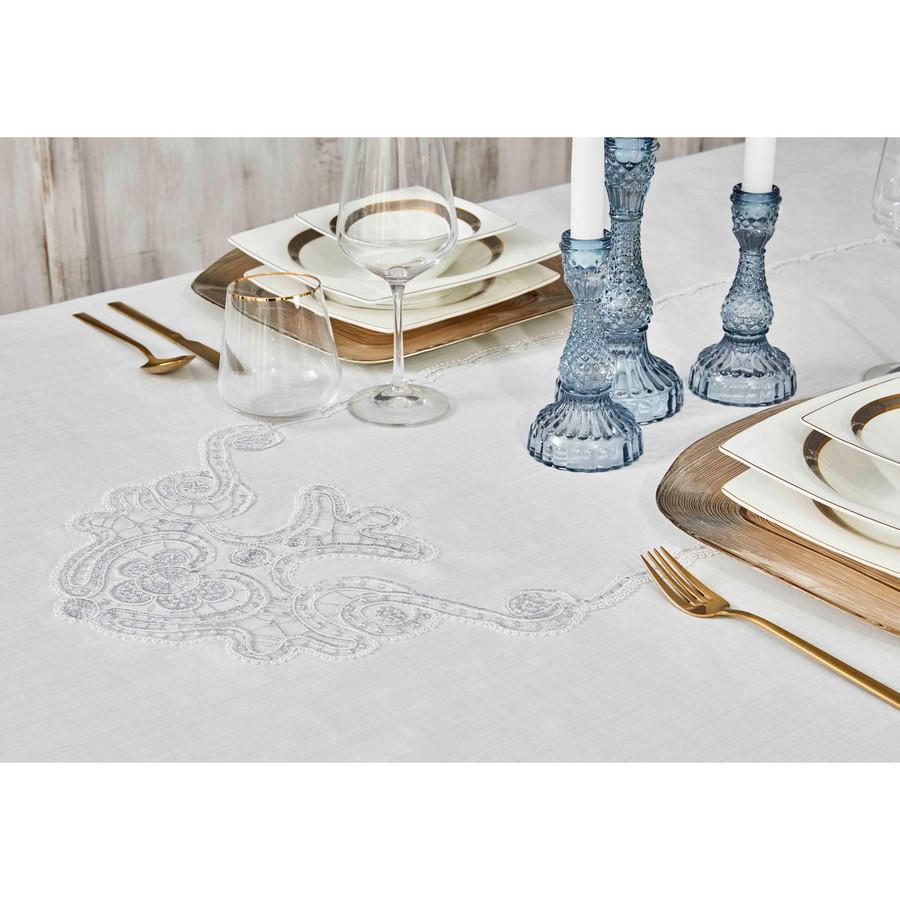 Karaca Home Ades Beyaz Fransız Dantelli 160x240 Masa örtüsü