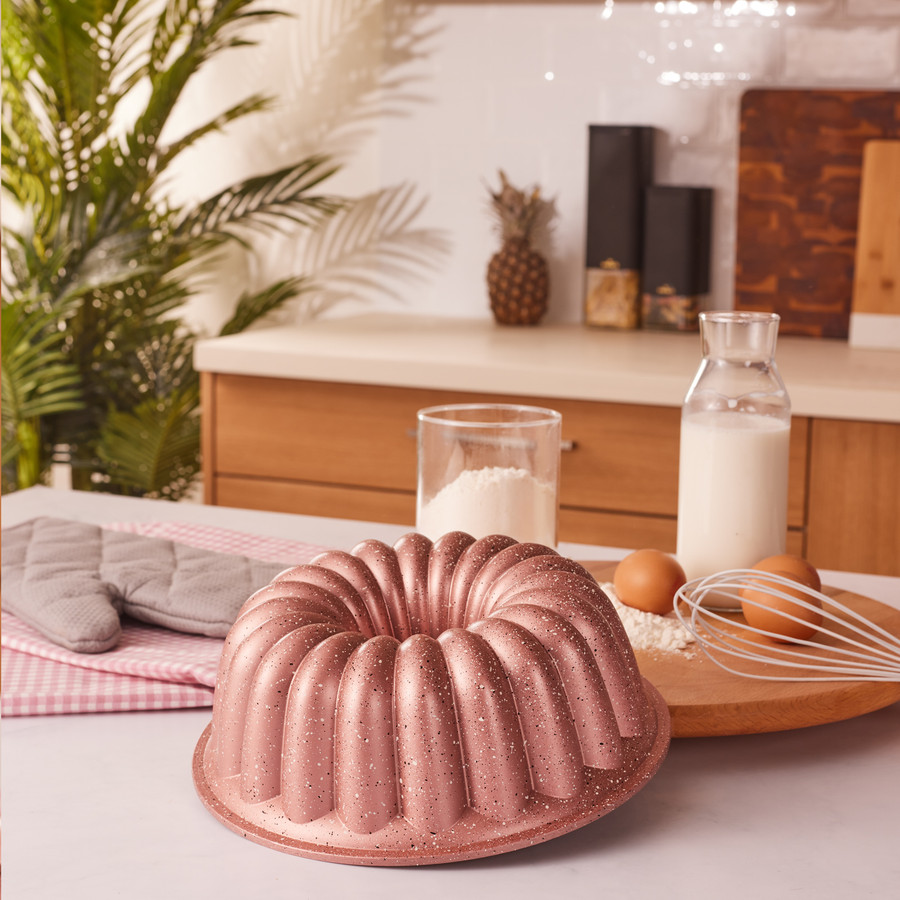 Emsan Arya 24 cm Döküm Kek Kalıbı Golden Pink